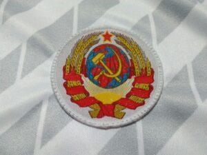 camiseta cccp blanca escudo bordado